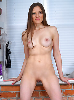 Amateur Russian Pussy Pictures